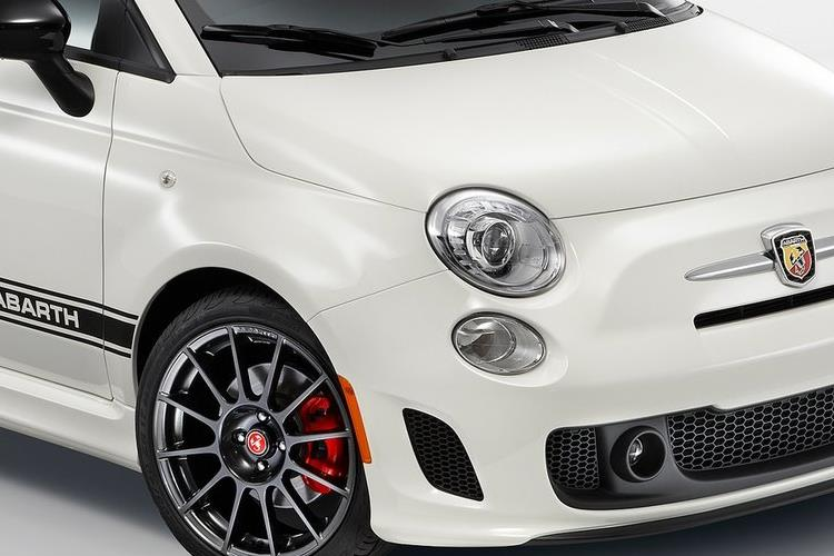 Abarth 595 C Cabrio 1.4 T-Jet 180PS EsseEsse 2Dr Manual detail view