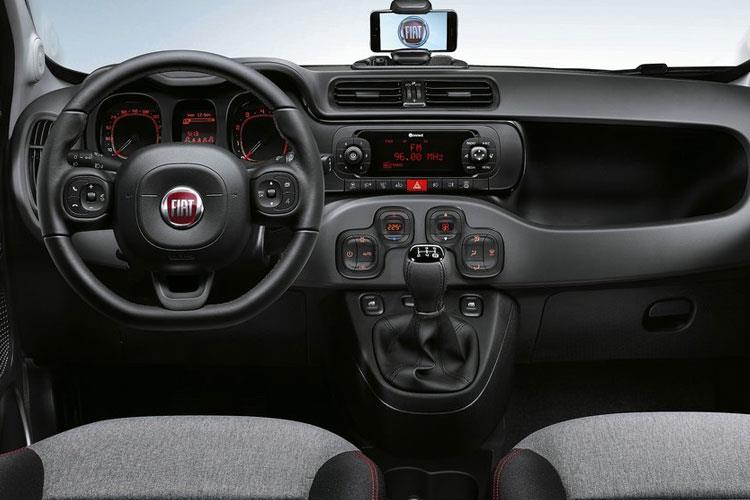 Fiat Panda Hatch 5Dr 4x4 0.9 TwinAir 85PS Cross 5Dr Manual [Start Stop] inside view